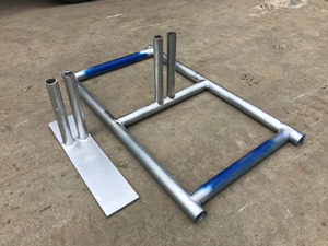 Metal Fence Stands